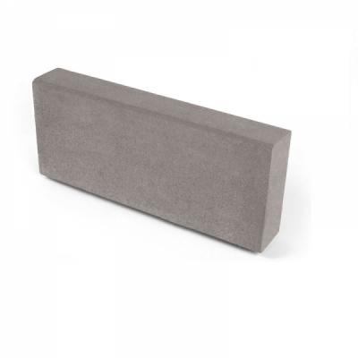 Бортовой камень тротуарный НОБЕТЕК 500х200х80 серый цемент- полный прокрас, цвет в ассортименте