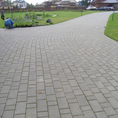 Тротуарная плитка Старый город (1СГ8ф) НОБЕТЕК белый цемент- полный прокрас, цвет в ассортименте