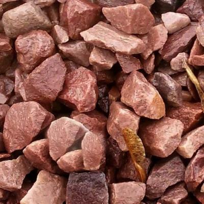 Крошка малинового кварцита  5-20 мм